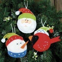 D72-08193 - Dimensions Felt Applique - Ornament: Holiday Trio