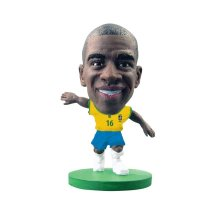 Soccerstarz Brazil International Figurine Blister Pack Featuring Ramires Home - - Soccerstarz Brazil Ramires Home Kit Toy Football Figures Figurines