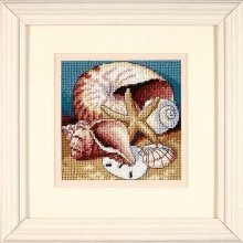D07219 - Dimensions Mini Needlepoint - Shell Collage