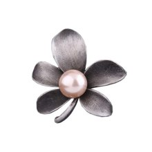 2 Pieces Of Creative Brooch Beads Flower Brooch Clothes Accessories